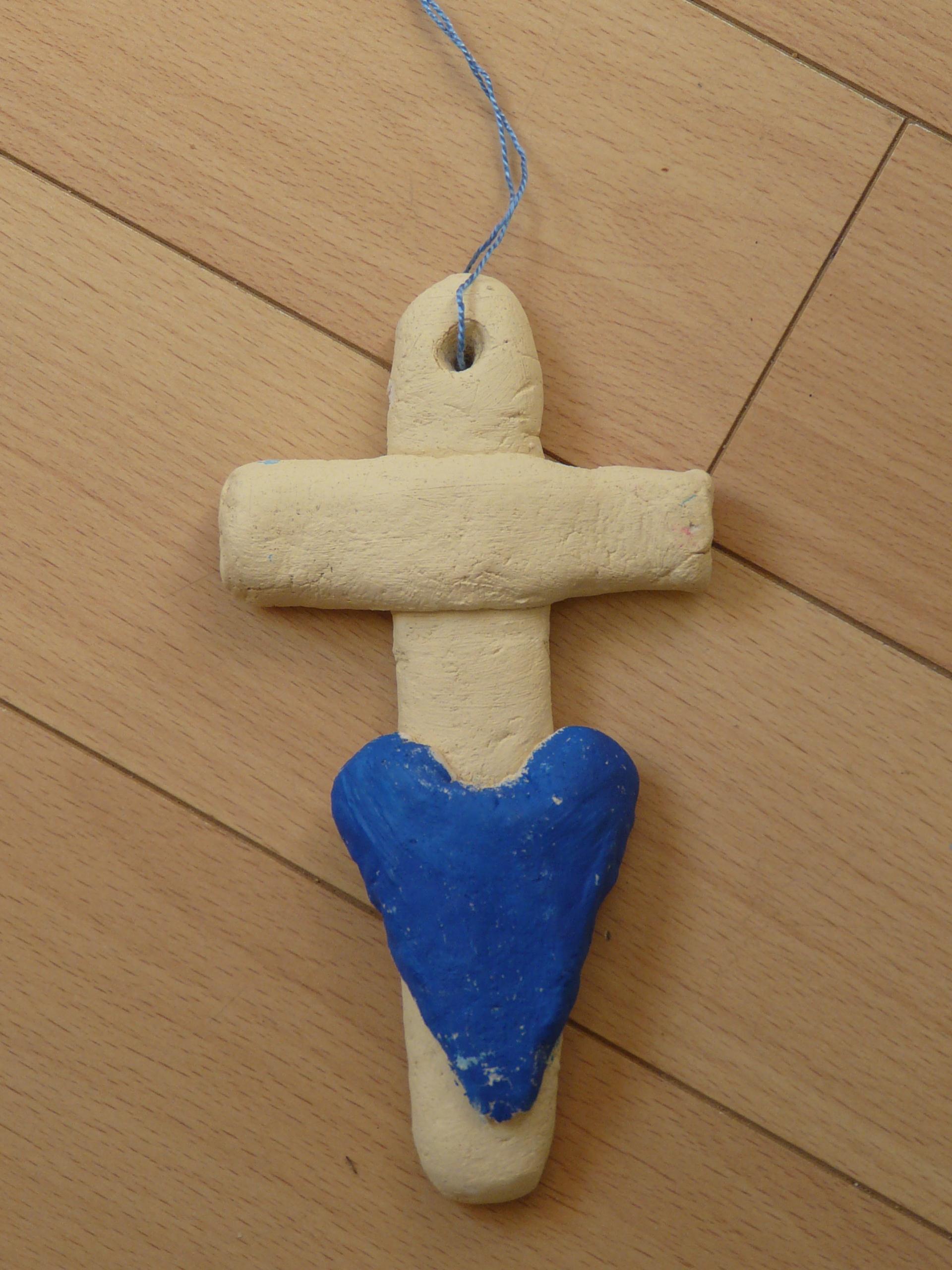 Croix en pâte à sel